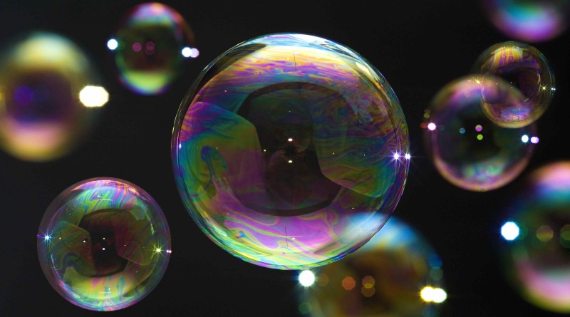 blowing-bubbles-small-113406397