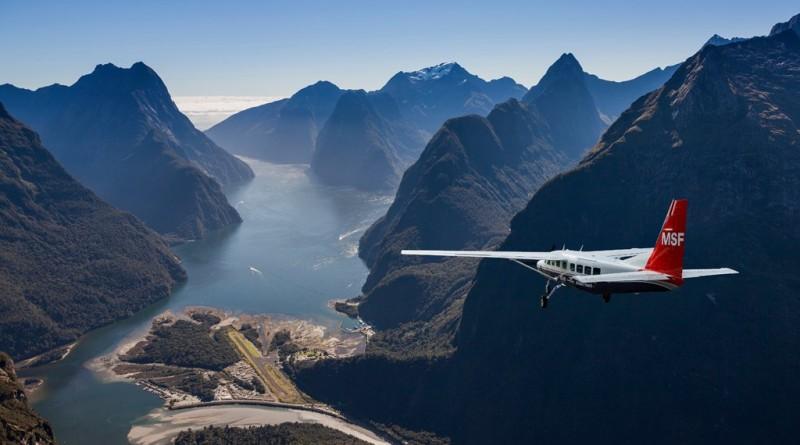 scenic-flight-milford