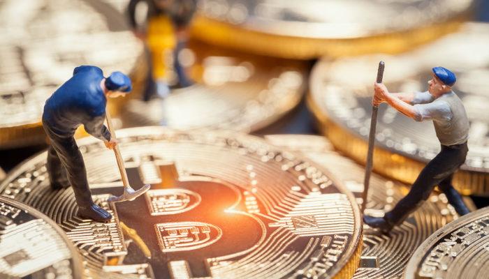 bitcoinmining-700x400