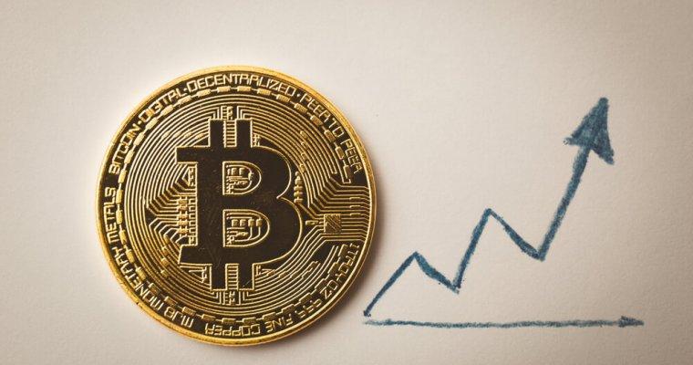 Bitcoin-arrow-chart-760x400