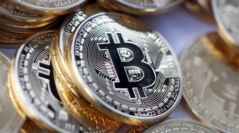 MW-ED478_bitcoi_20160117192142_ZH